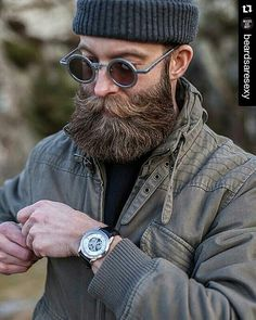 """37 Likes, 1 Comments - Beardedmen photos for all (@beard.fanatics) on Instagram: """"#Repost @beardsaresexy with @repostapp ・・・ Visit www.beardsaresexy.com to have your photo posted.…"""""""