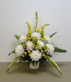 Yellow Flower Arrangements, Modern Floral Arrangements, Peony Arrangement, Funeral Flower Arrangements, Altar Flowers, Church Flowers, Funeral Flowers, Yellow Wedding Flowers, White Flowers