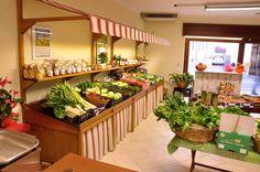 8 fantastiche immagini su arredamento negozio frutta e