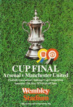 Pure Football, Retro Football, Arsenal Football, Arsenal Fc, European Football, Messi Soccer, Solo Soccer, Soccer Tips, Nike Soccer
