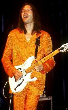 Paul Gilbert* - Mr.Big Paul Gilbert, Classic Rock, Hard Rock, Musicians, Live, Fashion, Guitars, Moda, Fashion Styles