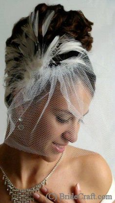 Wedding Veils / DIY Birdcage Veil, step-by-step - WeddinGirl Veil Diy, Diy Wedding Veil, Wedding Looks, Wedding Stuff, Dream Wedding, Wedding Ideas, Masquerade Wedding, Gothic Wedding, Bridal Hair