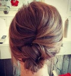 Wedding Hairstyles Medium Hair casual french twist for medium hair - Prom Hairstyles All Down, Haircuts For Long Hair, Long Hair Cuts, Party Hairstyles, Trendy Hairstyles, Wedding Hairstyles, Wedding Updo, Layered Hairstyles, 1920s Hairstyles