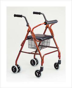 Andador plegable de 4 ruedas #ortopedia #andador #caminador #anciano #movilidad #adultos #mayores #terceraedad #salud #ortopediaparati