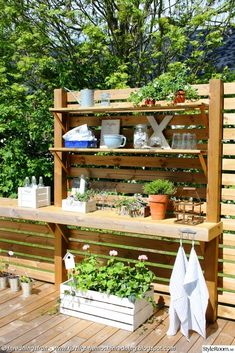 Outdoor Kitchen Ideas - Listed below you will locate some amazing exterior kitchen style concepts as well as some ideas that will make your outdoor patio elegant and welcoming, appreciate! Small Patio Kitchen Ideas, Simple Outdoor Kitchen, Rustic Outdoor Kitchens, Small Space Kitchen, Outdoor Kitchen Design, Kitchen On A Budget, Home Decor Kitchen, Patio Ideas, Backyard Ideas