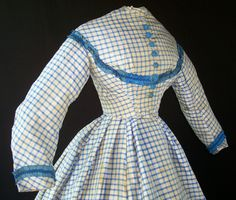 Checked dress c.1863 1890s Fashion, Victorian Fashion, Vintage Fashion, Vintage Dresses, Vintage Outfits, Civil War Fashion, Civil War Dress, Clothing Photography, Historical Clothing