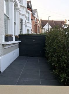 Victorian and Edwardian front garden design and restoration anewgarden Victorian Front Garden, Victorian Bath, Victorian Front Doors, Victorian Terrace House, Victorian Gardens, Victorian Homes, Garden Bike Storage, Bike Storage Front Of House, Bicycle Storage