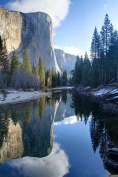 les plus beaux paysages paradisiaques de la montagne avec un lac de qualité hd