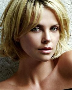 Charlize Theron Hairstyles Part 4 Good Hair Day, Great Hair, Charlize Theron Short Hair, Charlize Theron Hairstyle, Charliez Theron, Atomic Blonde, Beautiful Eyes, Pretty Face, Bob Hairstyles