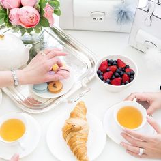 See more via Instagram @annawithlove | Mothers Day, Breakfast, Tea, Fruit, Dessert, Purse, Mothers, Grandmothers, Godmothers Fruit Dessert, Eat Dessert First, Godmothers, My Jam, Breakfast Tea, Delicious Food, Sprinkles, Purse, Desserts