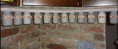 Vintage Botellas para las especias. Spice rackes made of small bottles. Chalk paint, Provence, Country. Fűszertartók bébiételes üvegekből.