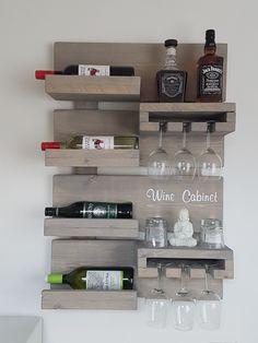 Kitchen Room Design, Home Decor Kitchen, Interior Design Kitchen, Wood Log Crafts, Wine Rack Design, Wine Glass Shelf, Wine Rack Wall, Wine Decor, Wall Bar
