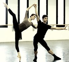 """La Scala's series of chamber music ballets continues with a new work from Mauro Bigonzetti, """"Progetto Händel"""", with Svetlana Zakharova and Roberto Bolle."""