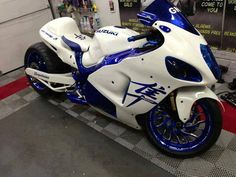 White n blue Hayabusa even though i hate hayabusas i love the color scheme