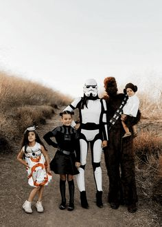 Family Costume Ideas for Halloween • A Sweet Life with Style Halloween Costumes For Brothers, Halloween Costumes For Sisters, 3 People Costumes, Halloween Costumes For Girls, Halloween Couples, Zombie Costumes, Group Costumes, Women Halloween, Baby Costumes