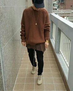 awe a sweater Vintage Street Fashion, Mens Fashion Wear, Masculine Style, Androgynous Fashion, Urban Outfits, Mens Clothing Styles, Fashion Killa, Swagg, Hypebeast