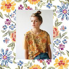 Estampa da coleção Floral desenvolvida para a moda feminina.  Para solicitar essa e/ou outras estampas entre em contato pelo e-mail: contato@estudiolabart.com.br