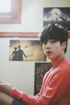 Seokjin ♡ Just imagine if that was my room... he'll be in danger ufufufu (/*3*)/