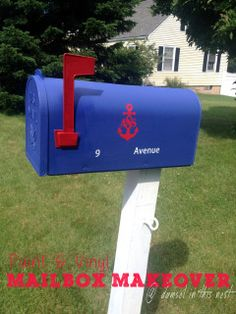 DIY Vinyl and Paint mailbox makeover / Monogram / Anchor Mailbox / Painted