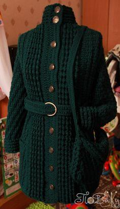 Пальто-шинель а-ля Шанель (coat) + сумочка,  Пряжа HARMONY 45% шерсть, 55% акрил, 110 м, 100 гр. (6320 ТЕМНО-ЗЕЛЕНЫЙ)