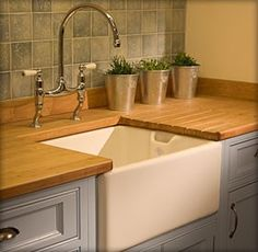 Fireclay sinks from Restoration Online Australia - cool big sink