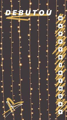 Para aniversariantes •obs: indico o picsart modo livre para adicionar as fotos Creative Instagram Photo Ideas, Instagram Photo Editing, Instagram Story Ideas, Birthday Captions Instagram, Birthday Post Instagram, Happy Birthday Posters, Happy Birthday Wallpaper, Paper Background Design, Happy Birthday Template