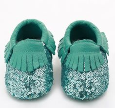 These sequin leather moccs are just absolutely adorable. Great for any special occasion or everyday use. They are fitted with an elastic around the ankle to help keep the shoe snug and on while your b Toddler Moccasins, Baby Moccasins, Leather Moccasins, Toddler Shoes, Best Baby Shoes, Cute Baby Shoes, Baby Girl Shoes, Girls Shoes, Kids Clothing Rack
