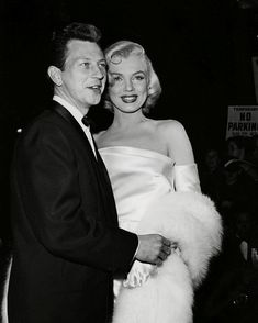 Marilyn Monroe and Donald O'Connor at the premiere of Call Me Madam, Donald O'connor, Marilyn Monroe Photos, Marylin Monroe, Golden Age Of Hollywood, Old Hollywood, Becoming An Actress, Norma Jeane, Film, American Actress
