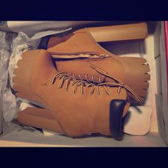 Timberland looking boots High heeled tan suede like boots Bumper Shoes Ankle Boots & Booties