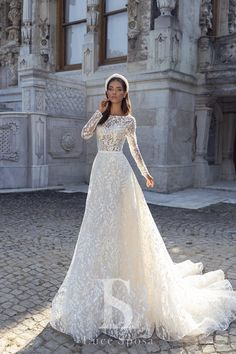 Luce Sposa 2020 Fall Bridal Collection – The FashionBrides Dream Wedding Dresses, Bridal Dresses, Wedding Gowns, Flower Girl Dresses, Bridal Looks, Bridal Style, Bridal Collection, Dress Collection, Wedding Day Checklist