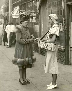 vintage everyday: 30 Stunning Vintage Photos That Show the Beauty of African-American Women During the Harlem Renaissance Era