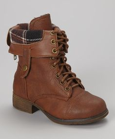 http://www.zulily.com/invite/vhanson979 Take a look at this Tan Smart Lace-Up Boot by Lucky Top on #zulily today!