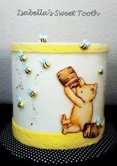 Old school Pooh reveal cake | Flickr - Photo Sharing!