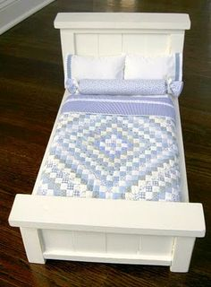 Doll bed & quilt