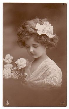 antique photo...she is a darling!