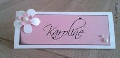 Made By Hav: Indbydelser og bordkort Card Table Wedding, Wedding Favors, Table Cards, Diy Cards, Signs, Cardmaking, Diy And Crafts, Place Cards, Projects To Try