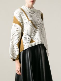 Shop designer knitwear and sweaters for women at Farfetch to build the foundations of your winter wardrobe. Knitwear Fashion, Knit Fashion, Lace Knitting, Knit Crochet, Minimal Fashion, Knitting Designs, Cable Knit Sweaters, Knit Patterns, Textiles