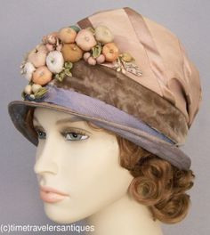 Dynamic c1920's Velvet & Silk Cloche Hat