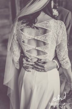That back! Gorgeous #Lacebride Alice wearing Oscar by Rembo Styling. Image by Hayley Baxter Photography