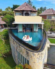 Presidential Suite Kamadandalu Resort and Spa. Bali, Indonesia