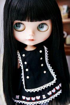Blythe -Black