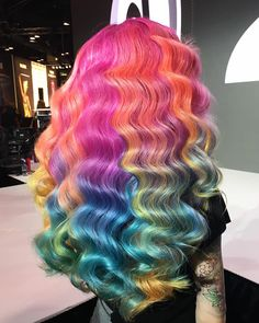 Do you wanna DIY a special colorful wig by yourself? All of our 613 color lace wig can be bleached dyed straightened restyled! Bomb wavy texture for black girls hairstyles! Beautiful Hair Color, Cool Hair Color, My Hairstyle, Wig Hairstyles, Colored Weave Hairstyles, Casual Hairstyles, Medium Hairstyles, Protective Hairstyles, Latest Hairstyles