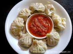 Vegetable Momos \ Steamed Dumplings  http://topbestdesignideas.blogspot.in/2014/06/vegetable-momos-steamed-dumplings.html