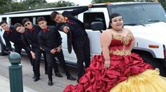 For the chambelanes out there, remember to keep a great attitude!: http://www.quinceanera.com/planning/5-traits-great-quince-chambelan-must/?utm_source=pinterest&utm_medium=article&utm_campaign=010315-5-traits-great-quince-chambelan-must