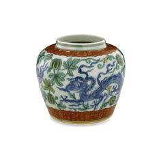 Doucai jar. Height: 12.000 cm. Diameter: 12.000 cm (base). Jingdezhen, Jiangxi province, southern China, Ming