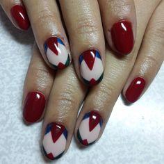 #gelpolish #gelnail #nail #nailart #nnov #nailmaster #nn #nails #naildesaign #manicure #manicurecolor #magic #beautifully  #френч #лунныйманикюр #слайддизайн #стразы #наклейки #ручнаяроспись #рисули #переходцвета #ярко #neon #french #пигмент