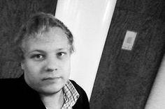 Benjamin Ellenberg   Viestintäassistentti   benjamin.ellenberg (at) cocomms.com   + 358 44 294 3585