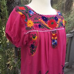 Another day, another pretty dress! Fight the Winter blues in this colorful Mexican folk dress. 💘