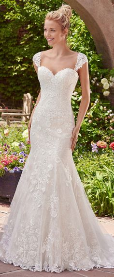 Modest Tulle Satin Sweetheart Neckline Mermaid Wedding Dresses With Lace Appliques