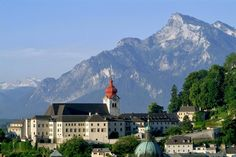 """The """"Original Sound of Music Tour"""" takes you to all the locations used during filming of the movie """"The Sound of Music"""". Relive the scenes of this world famous movie and hear songs from the original soundtrack of the movie with Tourboks."""